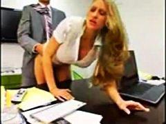 големи цици, голям гъз, секретарки, офис