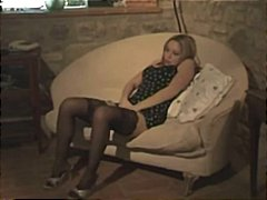 стриптиз, събличане, диван, брюнетки, тясна
