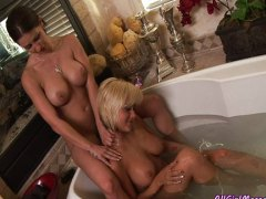 Бриана Блеър, лесбийки, блондинки, мастурбация
