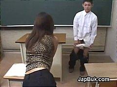флашинг, женска доминация, учител, училище