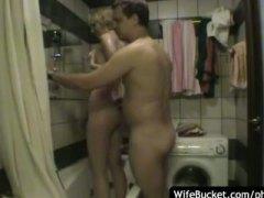 amateur, blowjob, handjob, reif, blond, milf, hausgemacht, hausfrau, badezimmer