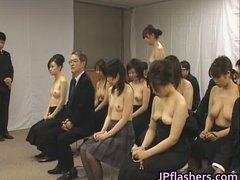 голи жени, японки, момичета, публично, азиатки