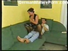 barbati, germance, bunicute, cur mare, tineri, sperma aruncata, laba, femei mature