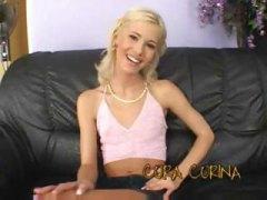 Кора Карина, търкане, блондинки, тийнейджъри