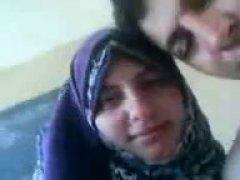 двойка, арабки, целувка, аматьори