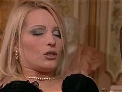 Мелиса Блек, малки цици, яко ебане, дупета, анално