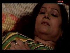 बड़े स्तन, इंडियन, कामुक