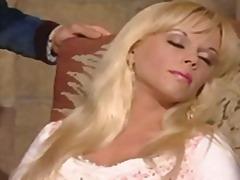 Kelly Trump, bionde, anale, tedesco, euro, amatoriale, seno prosperoso