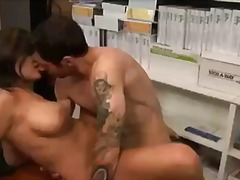 ruskeaverikkö, kova porno, isot rinnat, kypsä, puuma, karvainen, latino, anaali, rintava