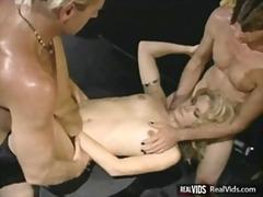 оргия, яко ебане, мъж-мъж-жена, малки цици