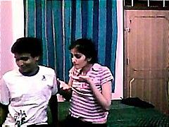 индийки, домашно видео, свирки, тийнейджъри