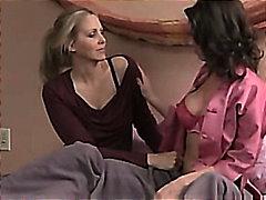 जूलिया एन्न, समलिंगी स्त्रियां