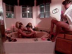 блондинки, мастурбация, лесбийки, баня