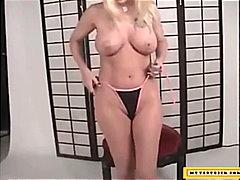 пръсти, големи цици, блондинки, бикини, гащички