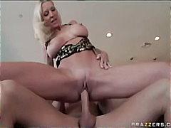 Ема Стар, голям бюст, порно звезди, голям кур