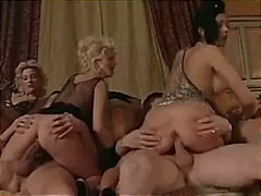 запушена уста, свирки, групов секс, чекия, 69, яздене