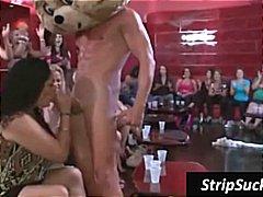 fêtes, hardcore, strip, jeune fille, homme nu et filles habillées, sauvages