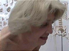 बुड्ढी औरत, गुदामैथुन, चेहरे का