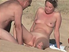 французойки, двойка, бръснати, голи жени, плаж