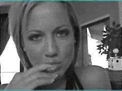 Ева Анджелина, на лицето