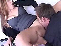 Изабела Сопрано, целувка, дупета, брюнетки
