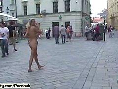 голи жени, голи, сред природата