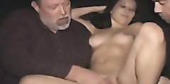 мръсници, сливи, групов секс, свирки, брюнетки