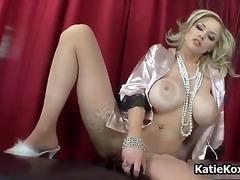 Кейти Кокс, блондинки, мастурбация, междурасово
