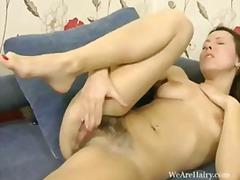 мастурбация, къса пола, брюнетки