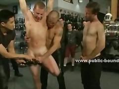 масов секс, садо-мазо, пляскане, групов секс, фетиш
