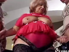 बुड्ढी औरत
