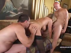 бисексуални, групов секс