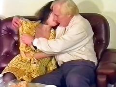 брюнетки, старо порно