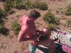 двойка, порно звезди, сред природата, червенокоси