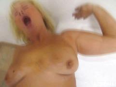 ruskeaverikkö, kova porno, suihinotto, kotivideot, tsekki, isoäiti, reality