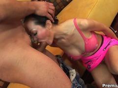 Cherry, hardcore, gros seins, anal, grosses bites, thaïs, lesbiennes, femmes mûres