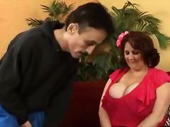 suuret naiset, milf, kova porno, nailon, sormeilu, suihinotto, punapää