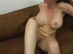 brünette, creampie, reif, titten, großbusig, weiße, mutti, sofa, große brüste