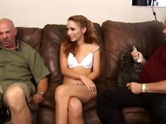jeune fille, 2 hommes 1 femme, rousses, mâles, femmes mûres, hardcore