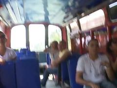 цици, тайландки, целувка, яки мацки, автобус, сочни