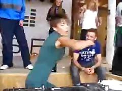 парти, леко порно, рускини, танц, публично