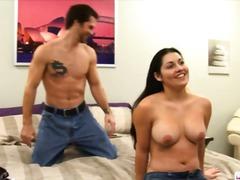 мъж-мъж-жена, тройка, големи цици, естествени цици
