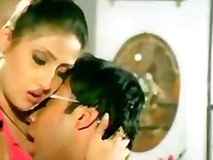 целувка, индийки, сливи