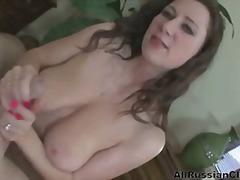 बड़े स्तन, देखने का तरीका, हिलाना