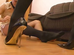 чорапогащи, женска доминация, високи токчета