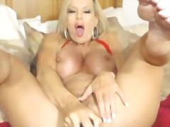 petits seins, godes, gros seins, webcam, pénétration, lait, masturbation, couguars