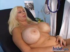 große brüste, titten, großer schwanz, großbusig, natürliche brüste