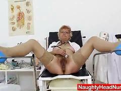 мастурбация, клитори, мама, путка, чорапи, очила