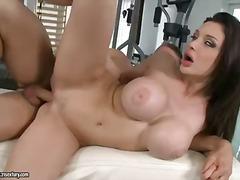 एलेट्टा  ओसियन, बड़ी गांड, बड़ा लंड