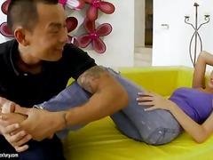 Кортни Кейн, високи токчета, азиатки, масаж